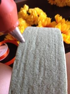 DIY floral circle- hot glue